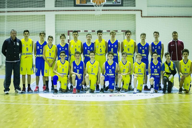 Echipa U14 a obținut victorii pe linie în primele două zile ale turneului de la București